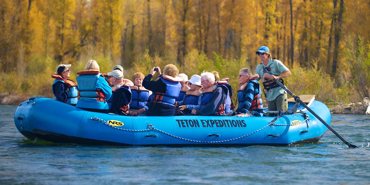 Scenic float trips on Snake River