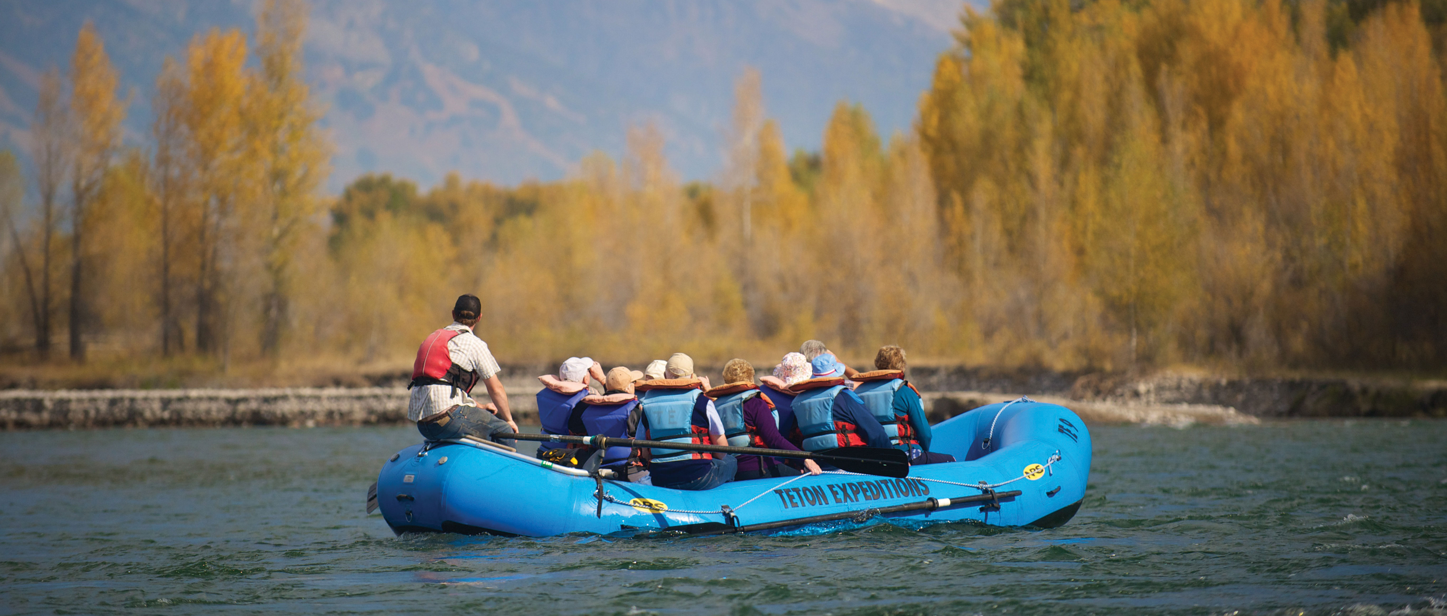 Scenic Float Trips on Snake River - Jackson Hole Wyoming